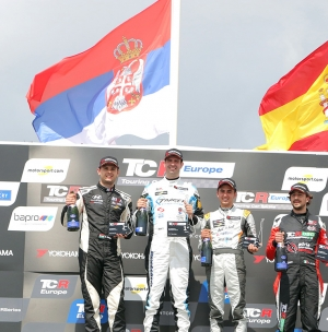 DUŠAN BORKOVIĆ IMPRESSIVELY TO THE POLE POSITION AND THE FIRST VICTORY IN FRANCE
