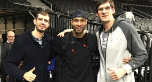Dušan Borkovic with NBA stars Bobi Marjanović and Tim Duncan